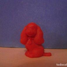 Figuras de Goma y PVC: FIGURA DUNKIN. LA DAMA Y EL VAGABUNDO. ROJA.. Lote 228197655