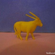 Figuras de Goma y PVC: FIGURA DUNKIN FIERAS DEL ZOO. ANTÍLOPE. AMARILLA.. Lote 228198415