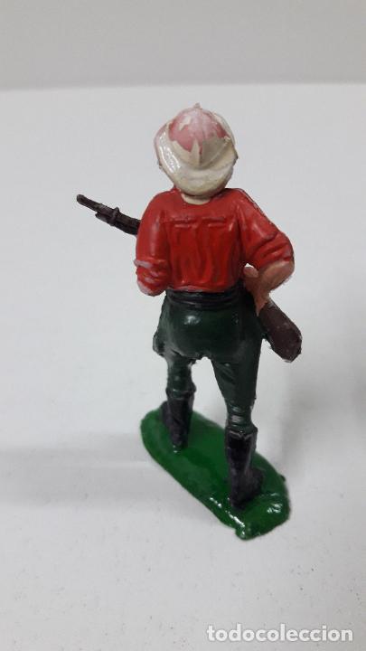 Figuras de Goma y PVC: EXPLORADOR - CAZADOR . REALIZADO POR TEIXIDO . SERIE SAFARI . ORIGINAL AÑOS 60 - Foto 3 - 228573445
