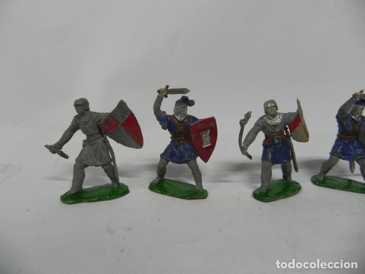 Figuras de Goma y PVC: 6 FIGURAS, GUERRERO MEDIEVAL . REALIZADO POR LAFREDO . SERIE PRINCIPE VALIENTE . AÑOS 60 - Foto 3 - 229015745
