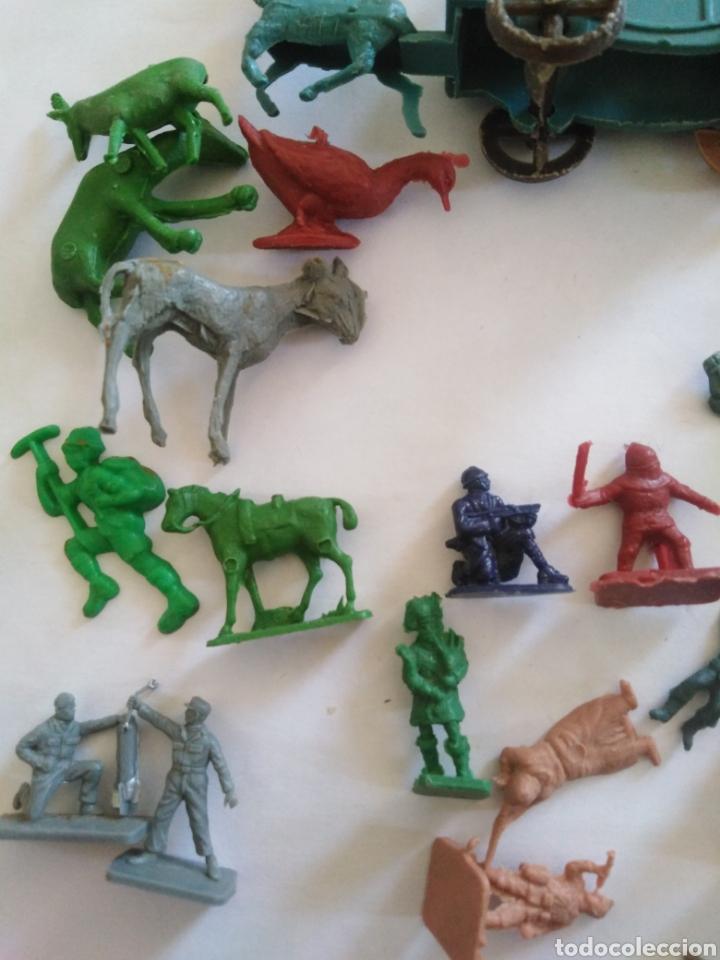 Figuras de Goma y PVC: Lote figuras montaplex - Foto 2 - 229680095