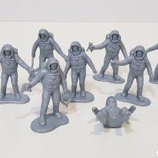 Figuras de Goma y PVC: LOTE 9 ASTRONAUTAS TIPO MANTAPLEX O SIMILAR - MADE IN CHINA. Lote 229889935