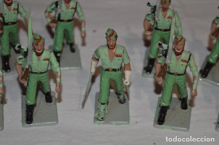 Figuras de Goma y PVC: LA LEGION - Antiguo/vintage - 9 Soldados desfilando - REAMSA y GOMARSA - ¡Mira fotos! - Foto 2 - 230052005