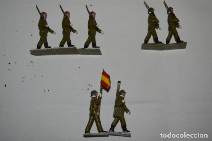 Figuras de Goma y PVC: INFANTERIA - Antiguo/vintage - 13 Soldados desfilando - REAMSA y GOMARSA - ¡Mira fotos! - Foto 3 - 230052240