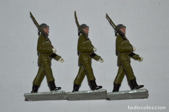 Figuras de Goma y PVC: INFANTERIA - Antiguo/vintage - 13 Soldados desfilando - REAMSA y GOMARSA - ¡Mira fotos! - Foto 10 - 230052240