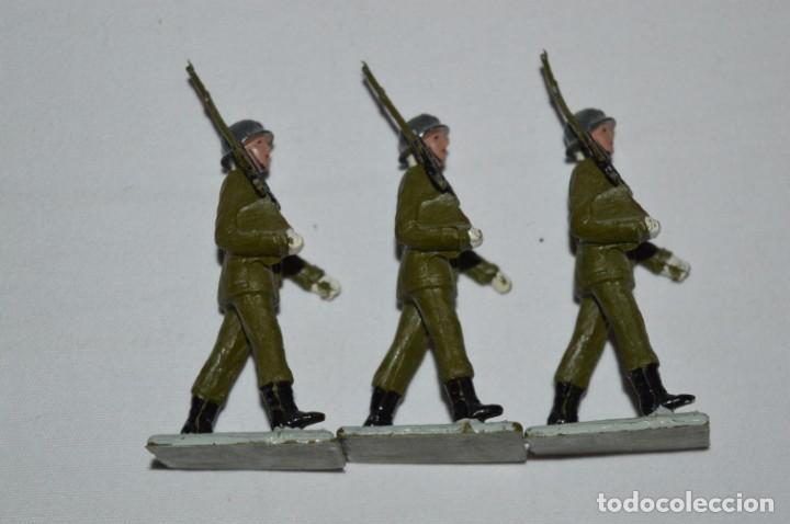 Figuras de Goma y PVC: INFANTERIA - Antiguo/vintage - 13 Soldados desfilando - REAMSA y GOMARSA - ¡Mira fotos! - Foto 14 - 230052240