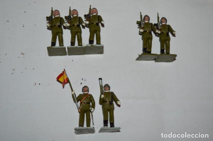Figuras de Goma y PVC: INFANTERIA - Antiguo/vintage - 13 Soldados desfilando - REAMSA y GOMARSA - ¡Mira fotos! - Foto 5 - 230052240