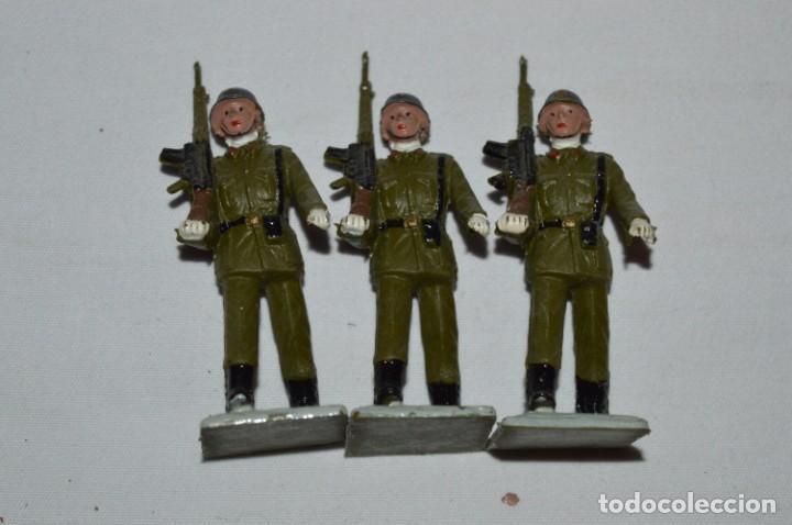 Figuras de Goma y PVC: INFANTERIA - Antiguo/vintage - 13 Soldados desfilando - REAMSA y GOMARSA - ¡Mira fotos! - Foto 11 - 230052240