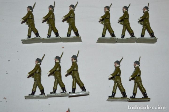 Figuras de Goma y PVC: INFANTERIA - Antiguo/vintage - 13 Soldados desfilando - REAMSA y GOMARSA - ¡Mira fotos! - Foto 6 - 230052240