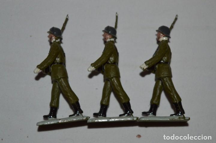 Figuras de Goma y PVC: INFANTERIA - Antiguo/vintage - 13 Soldados desfilando - REAMSA y GOMARSA - ¡Mira fotos! - Foto 12 - 230052240
