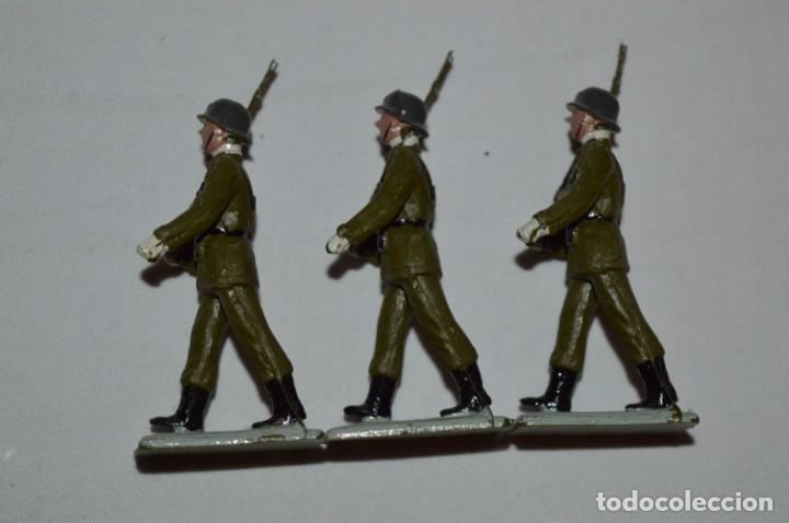 Figuras de Goma y PVC: INFANTERIA - Antiguo/vintage - 13 Soldados desfilando - REAMSA y GOMARSA - ¡Mira fotos! - Foto 16 - 230052240