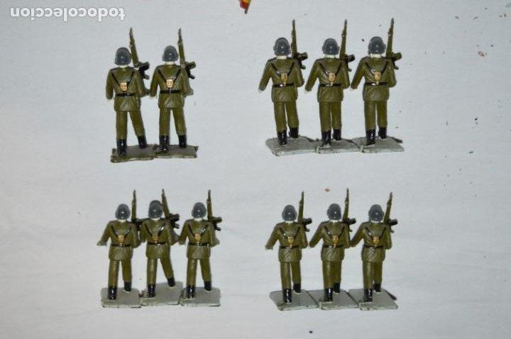 Figuras de Goma y PVC: INFANTERIA - Antiguo/vintage - 13 Soldados desfilando - REAMSA y GOMARSA - ¡Mira fotos! - Foto 8 - 230052240