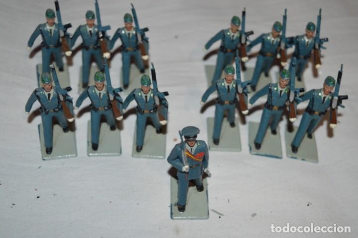 Figuras de Goma y PVC: EJERCITO DEL AIRE - Antiguo/vintage - 13 Soldados desfilando - REAMSA y GOMARSA - ¡Mira fotos! - Foto 2 - 230052315
