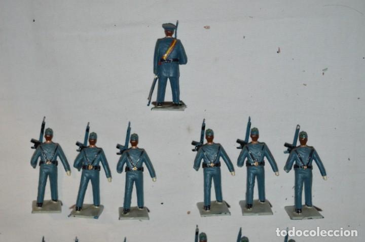 Figuras de Goma y PVC: EJERCITO DEL AIRE - Antiguo/vintage - 13 Soldados desfilando - REAMSA y GOMARSA - ¡Mira fotos! - Foto 4 - 230052315