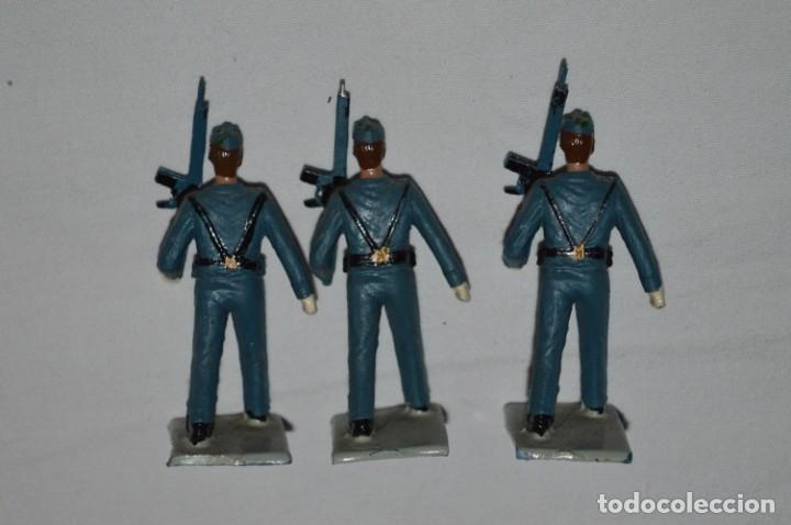 Figuras de Goma y PVC: EJERCITO DEL AIRE - Antiguo/vintage - 13 Soldados desfilando - REAMSA y GOMARSA - ¡Mira fotos! - Foto 13 - 230052315