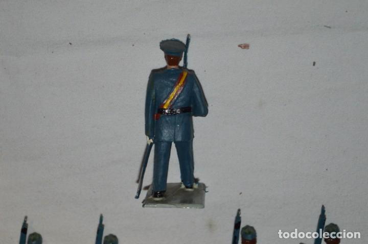 Figuras de Goma y PVC: EJERCITO DEL AIRE - Antiguo/vintage - 13 Soldados desfilando - REAMSA y GOMARSA - ¡Mira fotos! - Foto 25 - 230052315