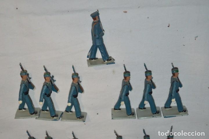 Figuras de Goma y PVC: EJERCITO DEL AIRE - Antiguo/vintage - 13 Soldados desfilando - REAMSA y GOMARSA - ¡Mira fotos! - Foto 6 - 230052315