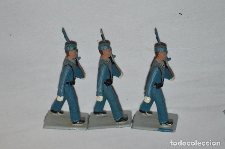 Figuras de Goma y PVC: EJERCITO DEL AIRE - Antiguo/vintage - 13 Soldados desfilando - REAMSA y GOMARSA - ¡Mira fotos! - Foto 14 - 230052315