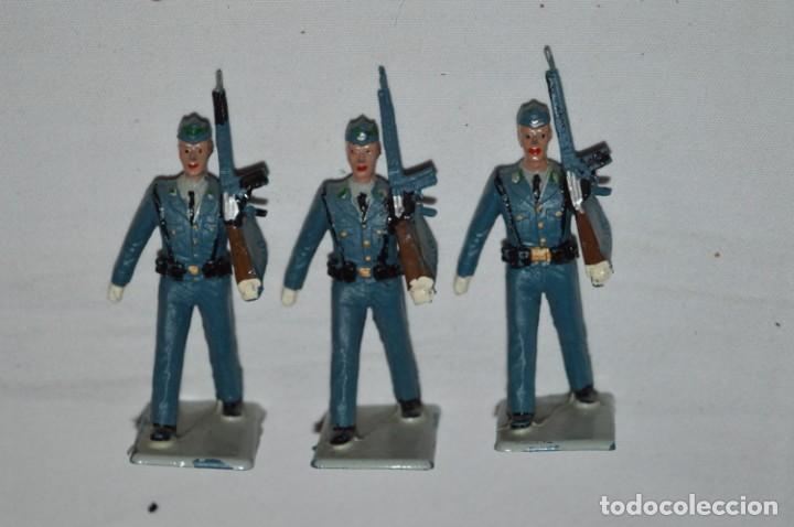 Figuras de Goma y PVC: EJERCITO DEL AIRE - Antiguo/vintage - 13 Soldados desfilando - REAMSA y GOMARSA - ¡Mira fotos! - Foto 11 - 230052315
