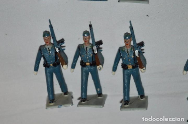 Figuras de Goma y PVC: EJERCITO DEL AIRE - Antiguo/vintage - 13 Soldados desfilando - REAMSA y GOMARSA - ¡Mira fotos! - Foto 15 - 230052315