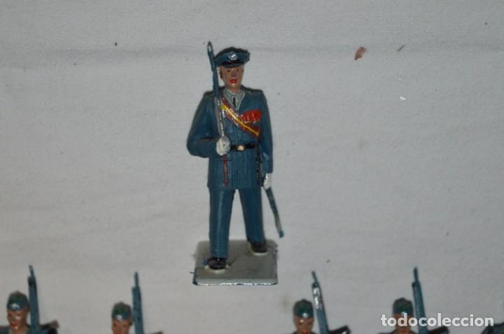 Figuras de Goma y PVC: EJERCITO DEL AIRE - Antiguo/vintage - 13 Soldados desfilando - REAMSA y GOMARSA - ¡Mira fotos! - Foto 27 - 230052315