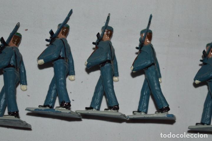 Figuras de Goma y PVC: EJERCITO DEL AIRE - Antiguo/vintage - 13 Soldados desfilando - REAMSA y GOMARSA - ¡Mira fotos! - Foto 16 - 230052315