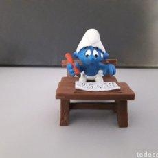 Figuras de Goma y PVC: FIGURA PVC LOS PITUFOS SCHLEICH PITUFO EN COLEGIO. Lote 230238550