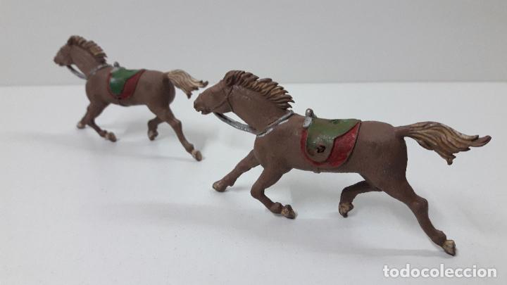 Figuras de Goma y PVC: DOS CABALLOS DE TIRO . REALIZADOS POSIBLEMENTE POR ALCA CAPELL O COMANSI EN SU PRIMERA EPOCA AÑOS 50 - Foto 4 - 231118075