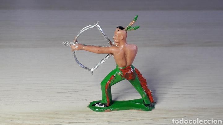 Figuras de Goma y PVC: Figura Indio Hurón Iroquois, fabricado en plástico, Sotorres Spain, original años 60. - Foto 2 - 231782205