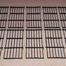 Figuras de Goma y PVC: JAULA COMPLETA 10 TRAMOS CIRCO, PLÁSTICO, JECSAN MADE IN SPAIN, ORIGINAL AÑOS 60.. Lote 231785920