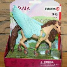 Figuras de Goma y PVC: BAYALA - SCHLEICH - PEGASO JOYA SEMENTAL - 70574 - NUEVO Y EN SU CAJA ORIGINAL. Lote 232306675