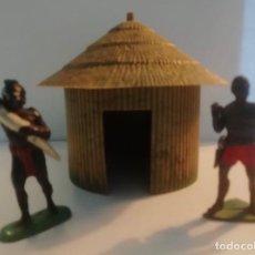 Figuras de Goma y PVC: PECH JECSAN 1 PORTEADOR MARFIL DE PECH GOMA Y OTRO DE JECSAN ASKARI AÑOS 50 CABAÑA DE GAMA AFRICANA. Lote 232461750