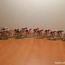 Figurines en Caoutchouc et PVC: PELOTÓN DE 14 CICLISTAS MARIANO SOTORRES. MIDEN 5,30 X 4,50 CM.. Lote 233143705