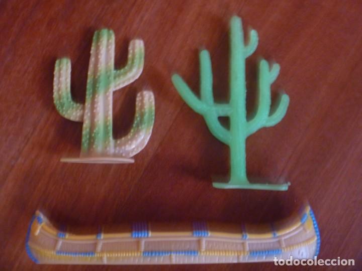 Figuras de Goma y PVC: TIENDAS INDIO COMANSI MÁS CANOA Y CACTUS - Foto 2 - 233416030