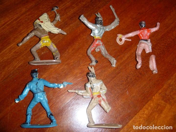 Figuras de Goma y PVC: LOTE INDIOS, CABALLOS Y VAQUEROS MAS CARAVANA DEL OESTE - Foto 18 - 233417205