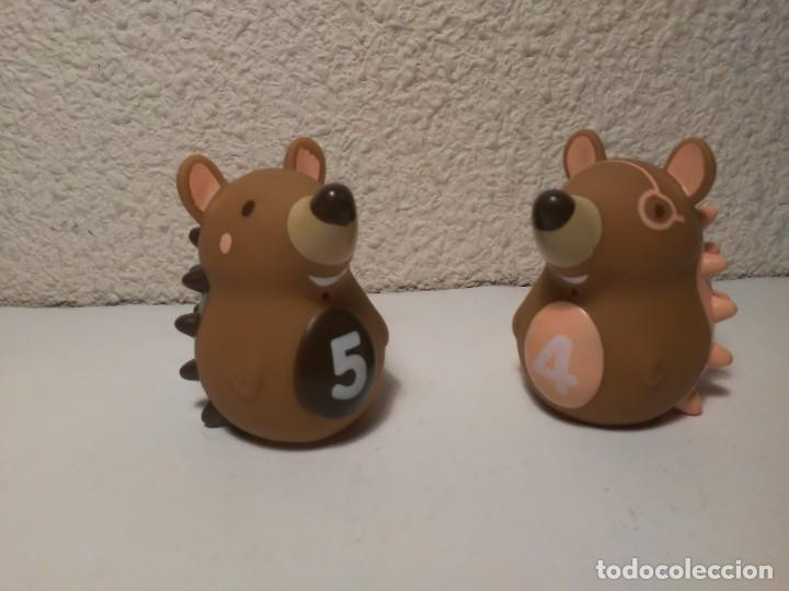 PAREJA DE ERIZOS CON NÚMERO 4 Y 5 MUÑECOS ANIMALES DE PLÁSTICO (Juguetes - Figuras de Goma y Pvc - Otras)