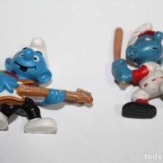 Figuras de Goma y PVC: 2 PITUFOS DE PVC - MARCADO SCHLEICH PEYO. Lote 234052640