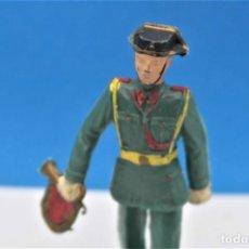 Figurines en Caoutchouc et PVC: ANTIGUA FIGURA EN PLÁSTICO. GUARDIA CIVIL CON CORNETA DESFILANDO. MADE IN SPAIN.. Lote 234904370