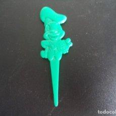 Figuras de Goma y PVC: PINCHO PLÁSTICO CON FIGURA DE WALT DISNEY. Lote 235017052