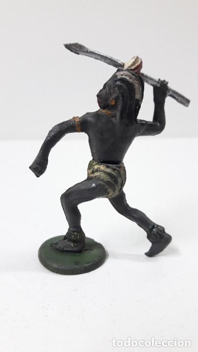 Figuras de Goma y PVC: GUERRERO NEGRO AFICANO . REALIZADO POR GAMA . SERIE GUERREROS AFRICANOS . ORIGINAL AÑOS 50 EN GOMA - Foto 2 - 235152145
