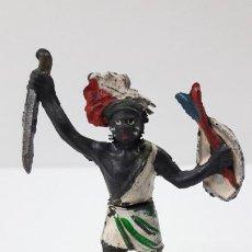 Figuras de Goma y PVC: GUERRERO NEGRO AFICANO . REALIZADO POR GAMA . SERIE GUERREROS AFRICANOS . ORIGINAL AÑOS 50 EN GOMA. Lote 235152665