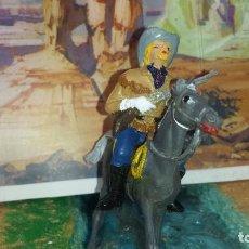Figuras de Goma y PVC: CORONEL CASTER DE COMANSI. Lote 235293365