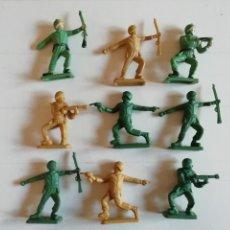 Figuras de Goma y PVC: LOTE DE 9 SOLDADOS VINTAGE INFANTERIA AMERICANA 60'S.MADE IN HONG KONG.IDEAL GAMA,MARX,BRITAINS.PTOY. Lote 42290026