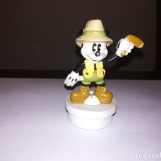 Figuras de Goma y PVC: WALT DISNEY MICKEY MOUSE TURISTA EN AUSTRALIA CON BOOMERANG. Lote 235814920
