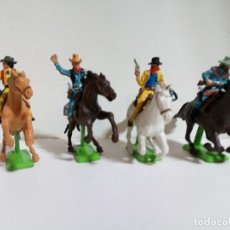 Figuras de Goma y PVC: LOTE FIGURAS DE JINETES COW-BOYS BRITAINS DEETAIL 1971. Lote 235821095