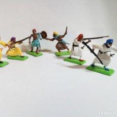 Figuras de Goma y PVC: LOTE FIGURAS DE GUERREROS BEREBERES BRITAINS DEETAIL 1971. Lote 235823375