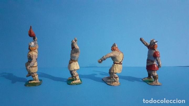 Figuras de Goma y PVC: Lote de 4 vikingos Jim. Estereoplast. - Foto 3 - 235832960