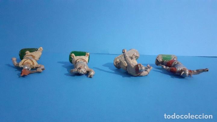 Figuras de Goma y PVC: Lote de 4 vikingos Jim. Estereoplast. - Foto 6 - 235832960