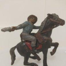 Figuras de Goma y PVC: PECH VAQUERO A CABALLO. GOMA. Lote 236052275