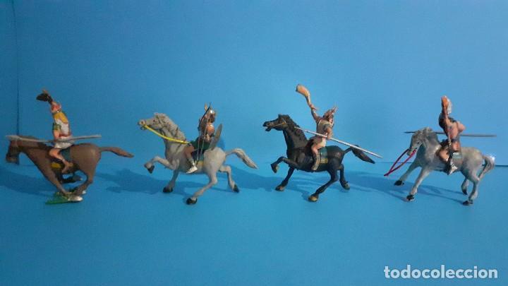 Figuras de Goma y PVC: Lote de 4 figuras Vikingos. Estereoplast. Gundar , Olaff , goodfrei y Ragnad completos - Foto 2 - 236053015